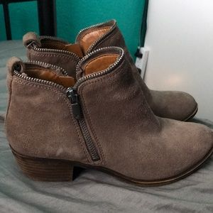 Lucky brand taupe boots